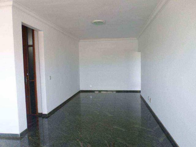 Apartamento no Edf. Rio Negro