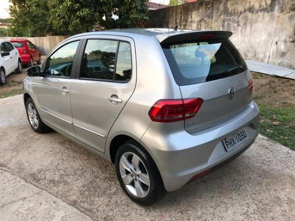 Volkswagen Fox Comfortline 1.0 (Flex) - Foto 6