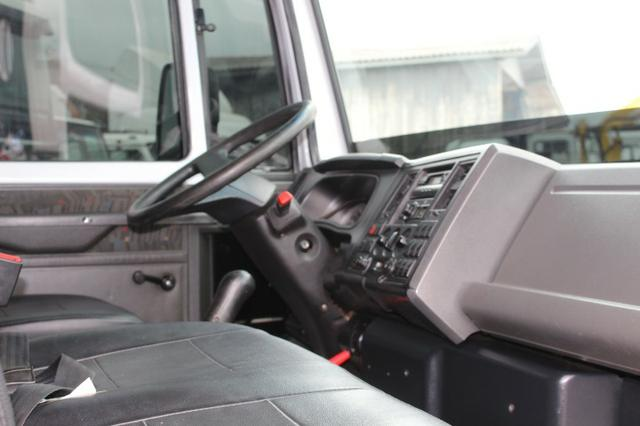 Ford cargo 816 s cabine suplementar e carroceria - Foto 12