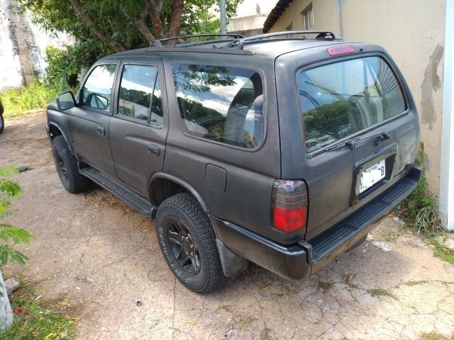 Hilux Sw4 2000 toda restaurada, tudo novo, preta muito conservada - Foto 2