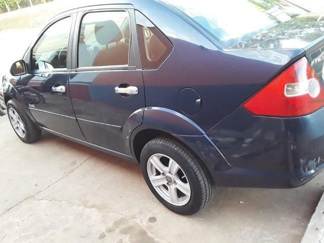 Fiesta sedan 1.6 Azul raridade * - Foto 7