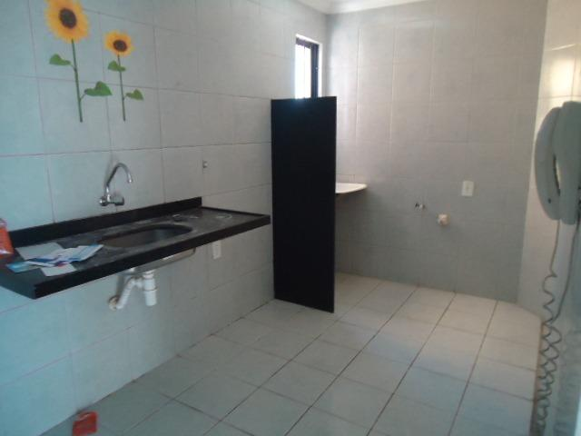 Apartamento na Cidade Universitária, 2 quartos. ste, wc, sla, coz, gar - Foto 18