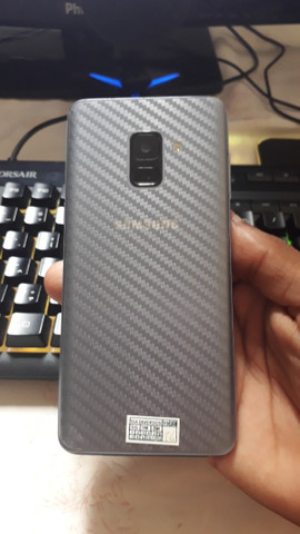 Celular Samsung Galaxy A8 Android 9.0 - Foto 2