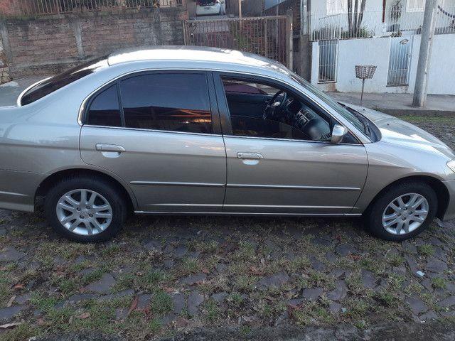 Honda Civic vendo ou troco por outro carro mais novo - Foto 5