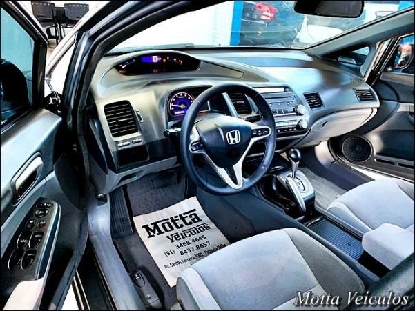 Honda Civic 1.8 LXS SEDAN 16V 4P - Foto 4