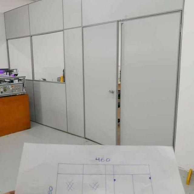 Salas escritórios em painel de Eucatex naval 35mm