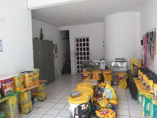 Casa com apartamentos para venda - Foto 2
