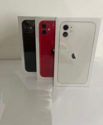 iPhone novo com garantia de um ano