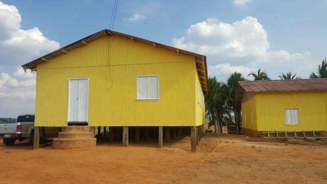 Fazenda localizada no km 67 após sena Madureira BR 364
