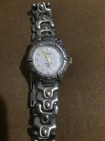 d7f2119882b Relógio Bulova Feminino original prata - Bijouterias