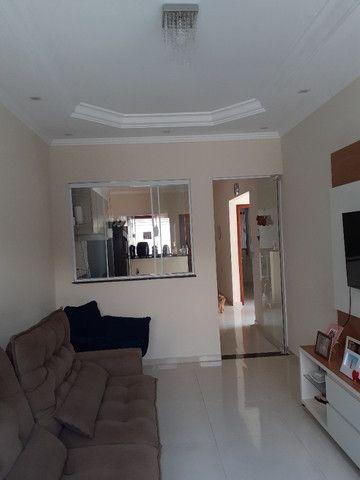 Casa com 2 quartos e 1 suite, area gourmet, excelente localização - Foto 9