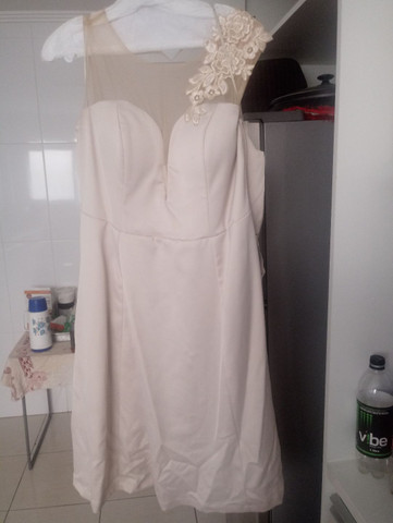 Vestido chique com tule  - Foto 2