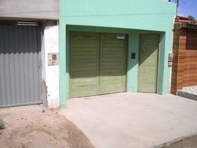Vendo 3 casas no mesmo terreno, bairro Promavera - Poções - BA. - Foto 2