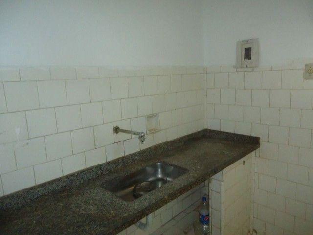Apartamento com 2 dormitórios para alugar, 85 m² por R$ 1.000,00/mês - Centro - Niterói/RJ - Foto 17