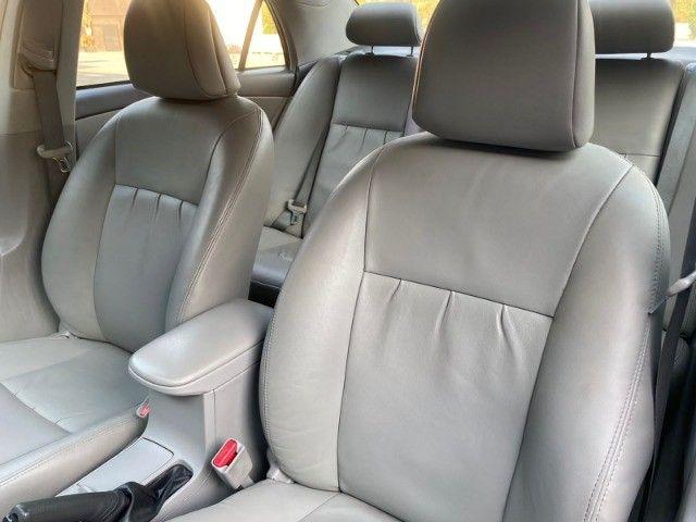 Toyota Corolla 2.0 XEI 2013 - Bancos de Couro - Automático - 86.000KM  - Foto 12