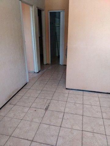 Vendesse apartamento com 2 quartos - Foto 2