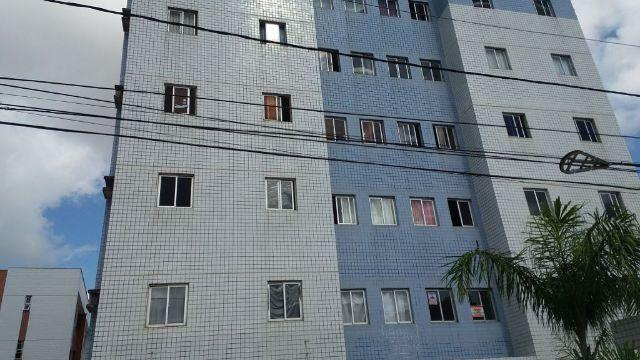 Apartamento no Condomínio Terra azul