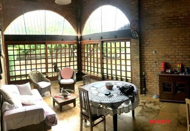 Casa duplex com 4 quartos, gabinete, 5 vagas, 1.200m² terreno, próx Edilson Brasil Soares - Foto 2