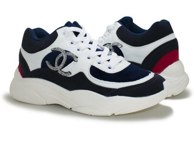 bdabbe6349b Tênis Chanel - Feminino - Roupas e calçados - Chácara Bela Vista ...