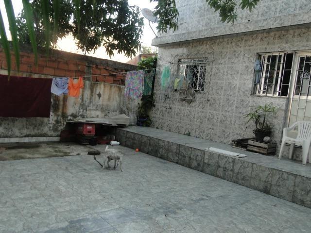 1 casa duplex + 2 kitnetes ótima localização próximo a rua boa sorte - Foto 2
