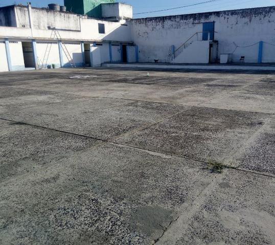 Área de 3.050 metros quadrados no centro de Dias D'Ávila - Foto 10