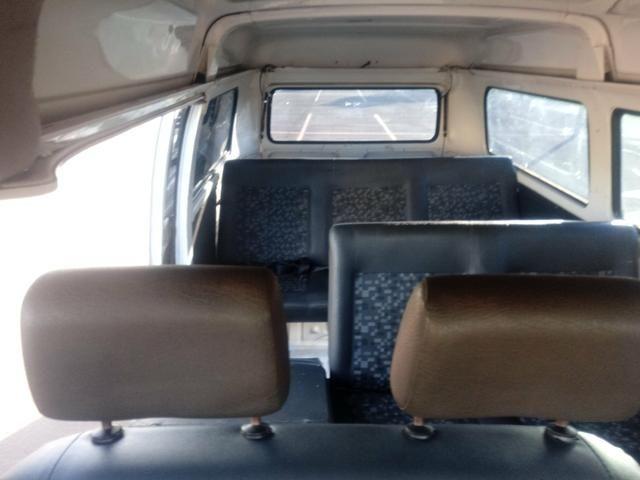 Kombi troco por carro 2012 completo - Foto 8