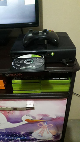 Um Xbox 360 - Foto 5