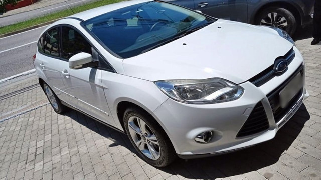 Ford Focus 1.6 hatch 2014 unico dono - Foto 3