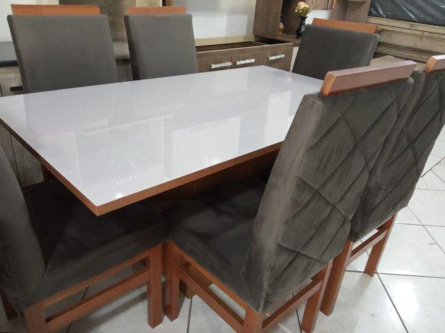 Mesa de vidro com 6 cadeiras Peça unica - Foto 2