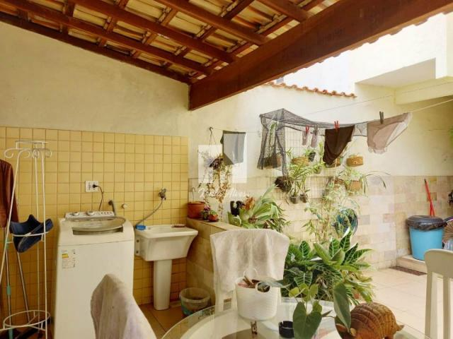 Casa para Venda em Volta Redonda, Sessenta, 4 dormitórios, 2 suítes, 5 banheiros, 2 vagas - Foto 16