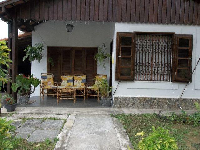 Vendo casa 04 quartos,piscina,mais apartamento,piscina,centro de vassouras - Foto 2
