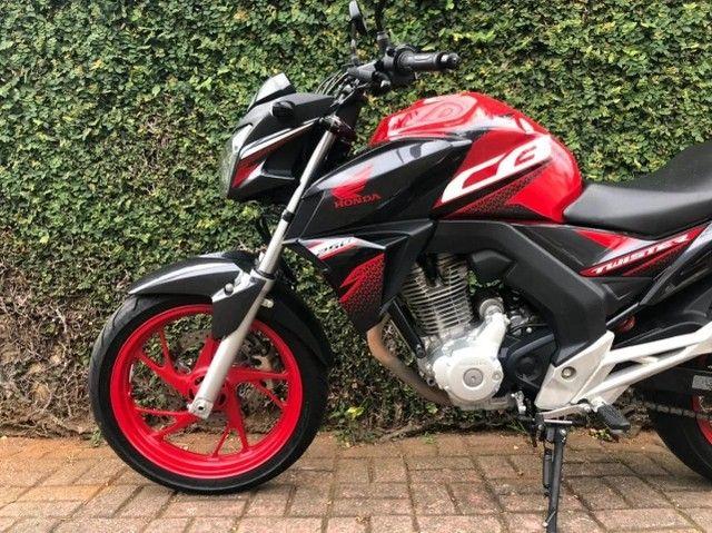 CB Twister 250cc Oportunidade Única !! - Foto 3