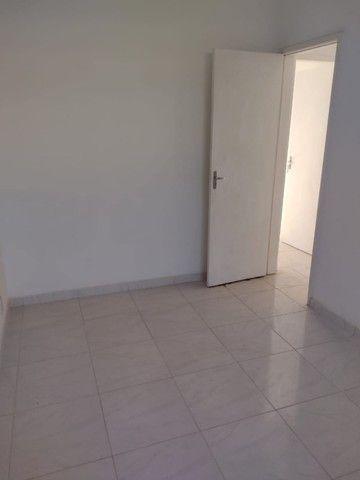 Apartamento para alugar com 2 quartos no Centro de Nova Iguaçu - Foto 2