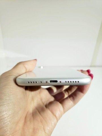iPhone XR Apple - Branco 64GB  - Foto 5