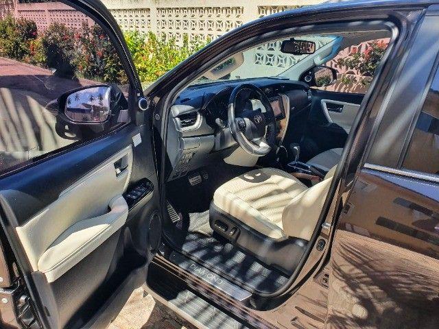 Toyota Hilux SW4 - Foto 10