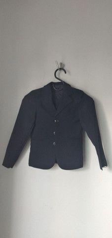 Vende-se grade de ternos (paletó  e calça) e camisa social - Foto 3