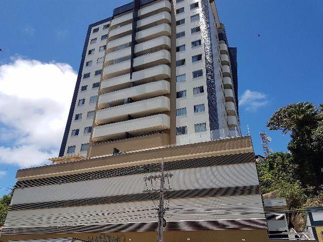 Apartemento em Bairro Nobre