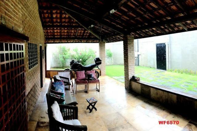 Casa duplex com 4 quartos, gabinete, 5 vagas, 1.200m² terreno, próx Edilson Brasil Soares - Foto 17