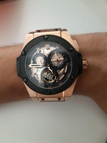 7ad7cb6fd8d Relógio Hublot Automático - Bijouterias