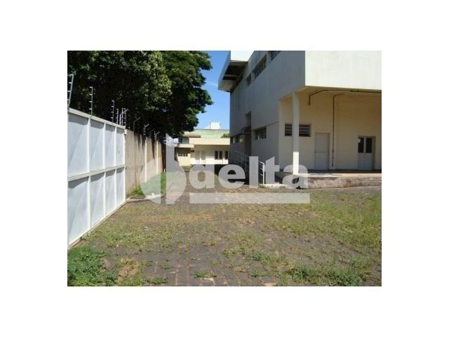 Galpão/depósito/armazém para alugar em Santa mônica, Uberlândia cod:532515 - Foto 4