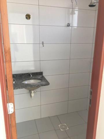 Alugo apartamento no Cond Altos do Calhau - Foto 9