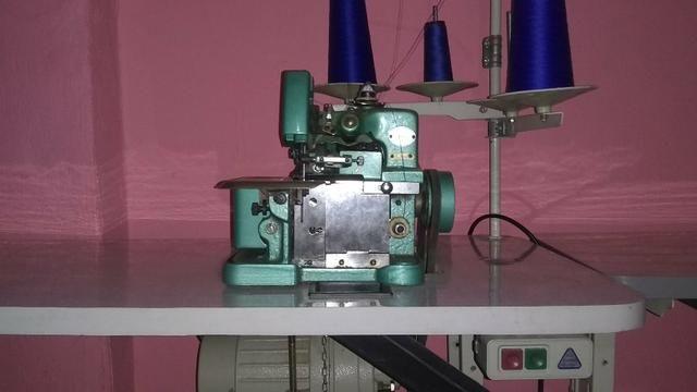 Máquina de costura semi industrial ovelock e reta Zig zag 38 costuras - Foto 6