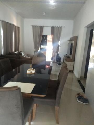 Vendo uma casa ótimo preço por motivos de viagem