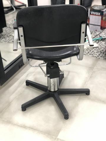 Cadeira de Cabelereiro - Foto 2