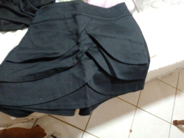 Vendo 5 calças pouco uso, estão de graça - Foto 4