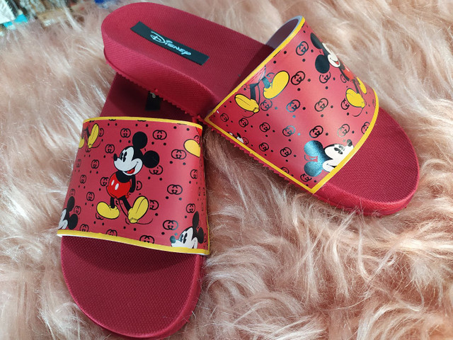 Chinelo slide Minnie e Mickey - Foto 6