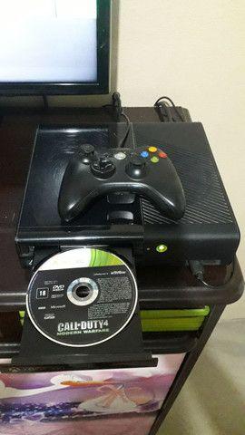 Um Xbox 360 - Foto 6