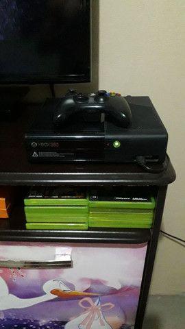 Um Xbox 360 - Foto 4