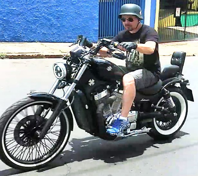 """Suzuki Intruder 800cc """"Relíquia"""" - Foto 5"""