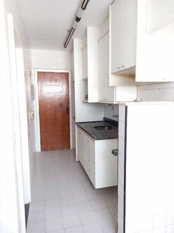 Apartamento  aluguel 78 m2, varanda,  2/4 + dependência Cidade Jardim Salvador - Foto 15